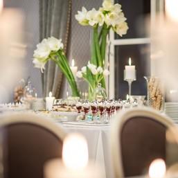 Saldus stalas - balta (5)